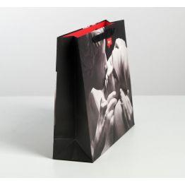 Пакет ламинированный горизонтальный Love, M 30 × 26 × 9 см   4725253