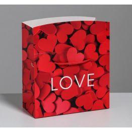 Пакет—коробка Love, 23 × 18 × 11 см 5053590